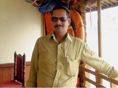 ശ്രീധരന് കളരിക്കലിന് ഐ.എം.എ ബ്ലഡ് ബാങ്കിന്റെ അവാർഡ്.