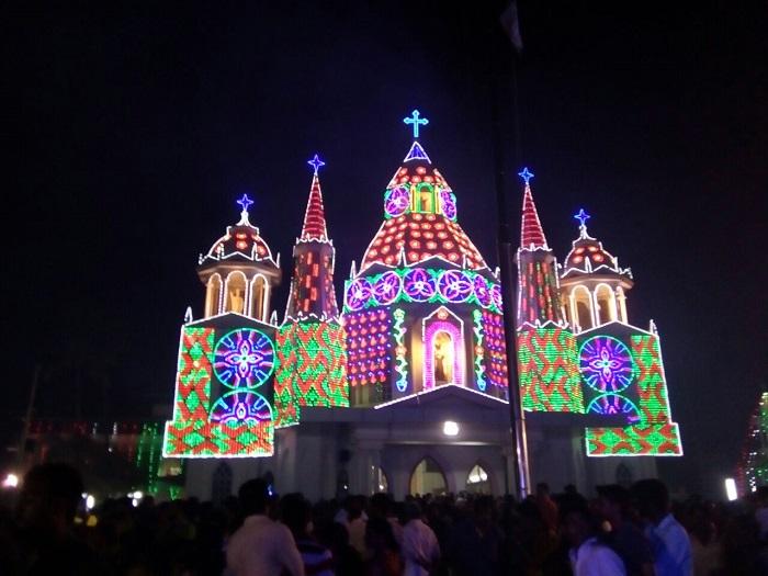 പേരാമ്പ്ര പള്ളിയില് അമ്പുതിരുനാള്
