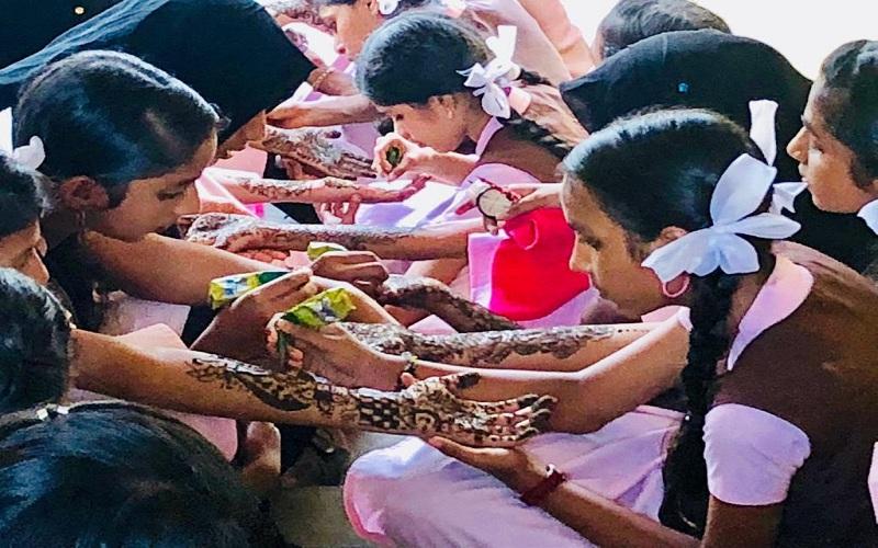 മറ്റത്തൂര് ശ്രീ കൃഷ്ണ ഹൈസ്കൂളില് 'മെഹന്തി ഫെസ്റ്റ് -2018'